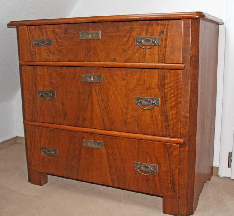 Alte Möbel restaurieren